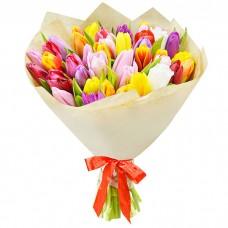 Букет Тюльпаны в крафте 45 шт